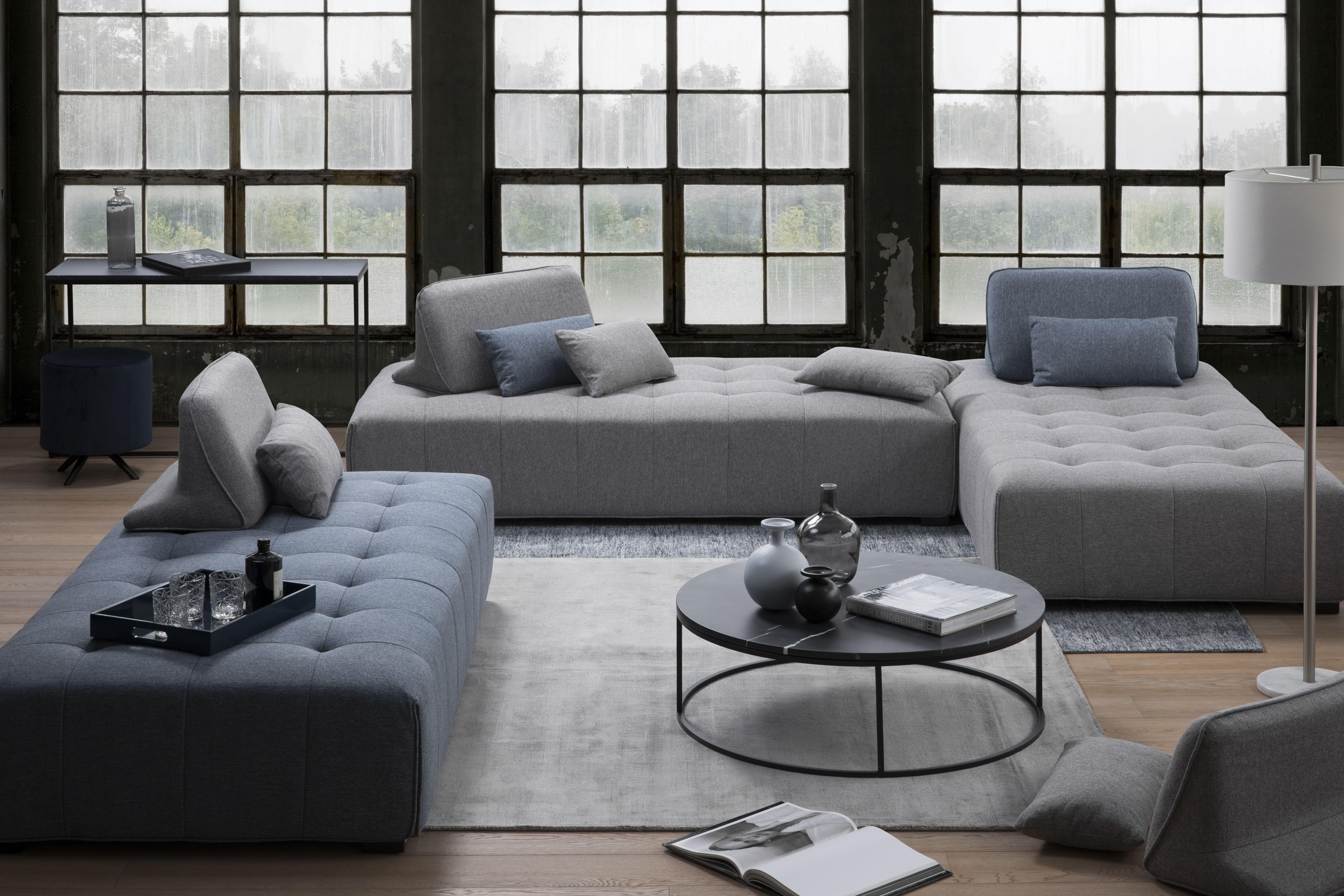 Epingle Par La Galerie Du Meuble Sur Salons Canape Design Canape Gris Modulable Chaises De Luxe