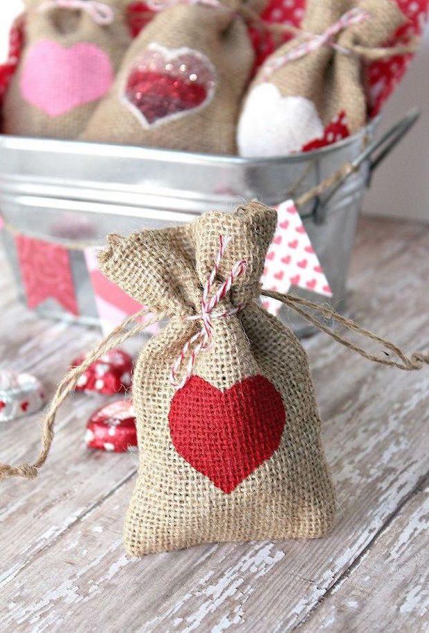 Ideas Regalos San Valentin Regalos Originales Para San Valentín Regalos De San Valentín Caseros Bolsas De Regalo De Arpillera