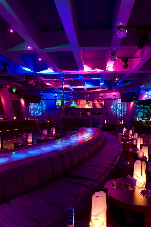 Pin von madmanx auf nightlife fashion in black and purple for Innendekoration restaurant
