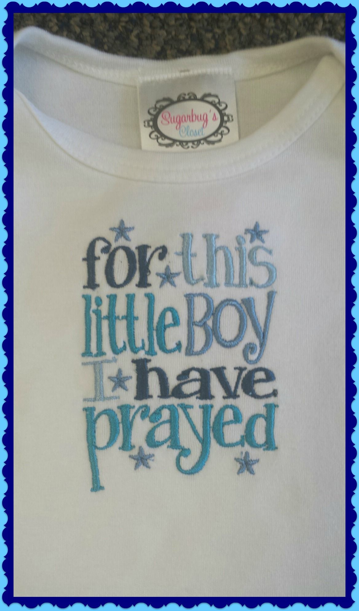 Newborn gowns for baby boy.  #piperinvalpo #babyboy  -----> https://www.facebook.com/pages/PIPER-BOUTIQUES/149534586588?ref=hl