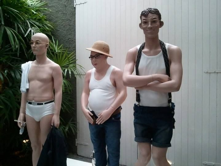 Manequins Uglys da Hans Boodt fazem sucesso por onde passam.