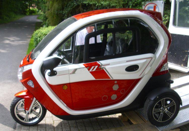 Www 25km De Autofahren Ohne Fuhrerschein 25km Mofa Auto 25kmh Kabinenroller 25km Dreiradrig Elektrisches Dreirad Mofa Elektrofahrzeug