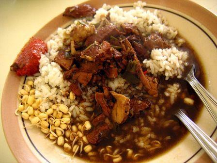 Nasi Jagal The Traditional Food From Tangerang Http Www Goindonesia Com Id Indonesia Jawa Tangerang Makanan Nongkrong Nasi Jagal Aziatisch Soep Indonesisch