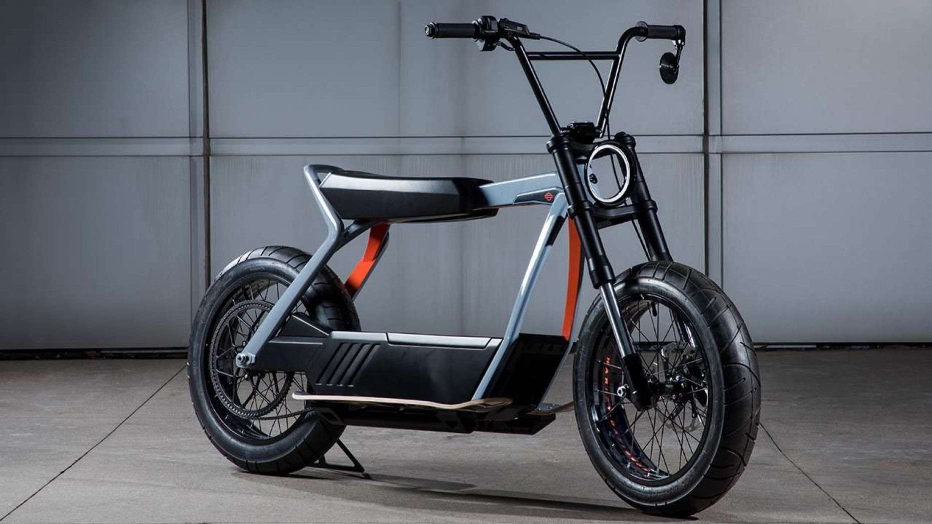 Electric Harley Davidson Livewire Priced At 29 799 With Images Electric Motorcycle Electric Scooter Electric Bike