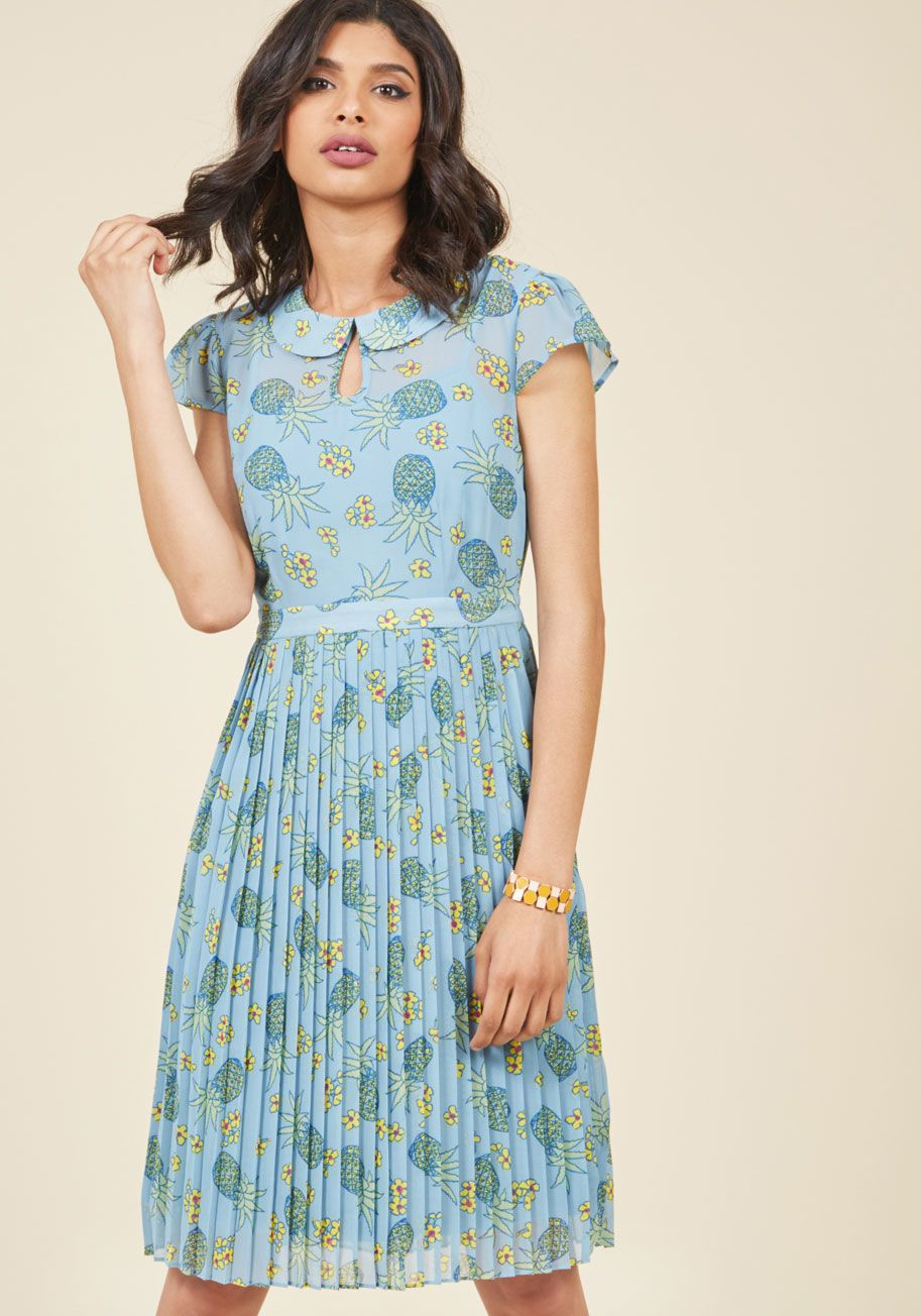 Puethis prim chiffon dress is just as fitting for mondayus lecture as