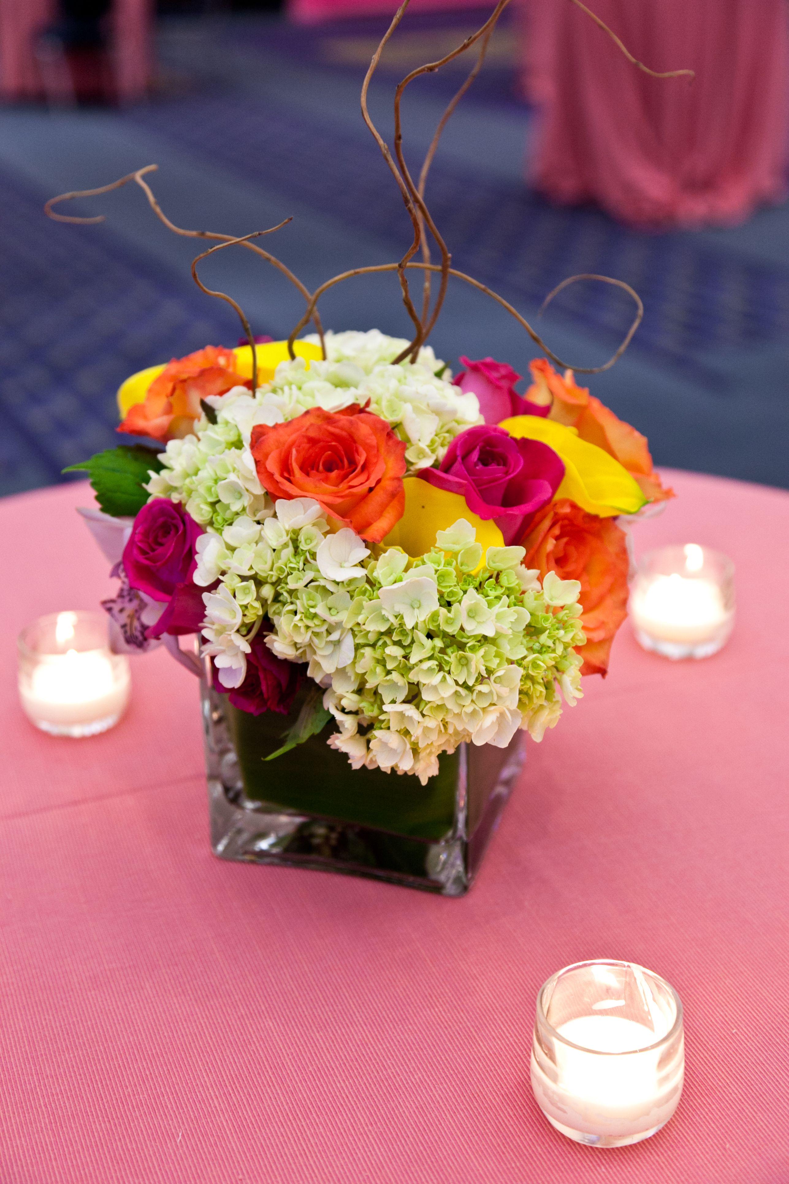 Spring flower arrangement by Safeway Festivalinspired Decor