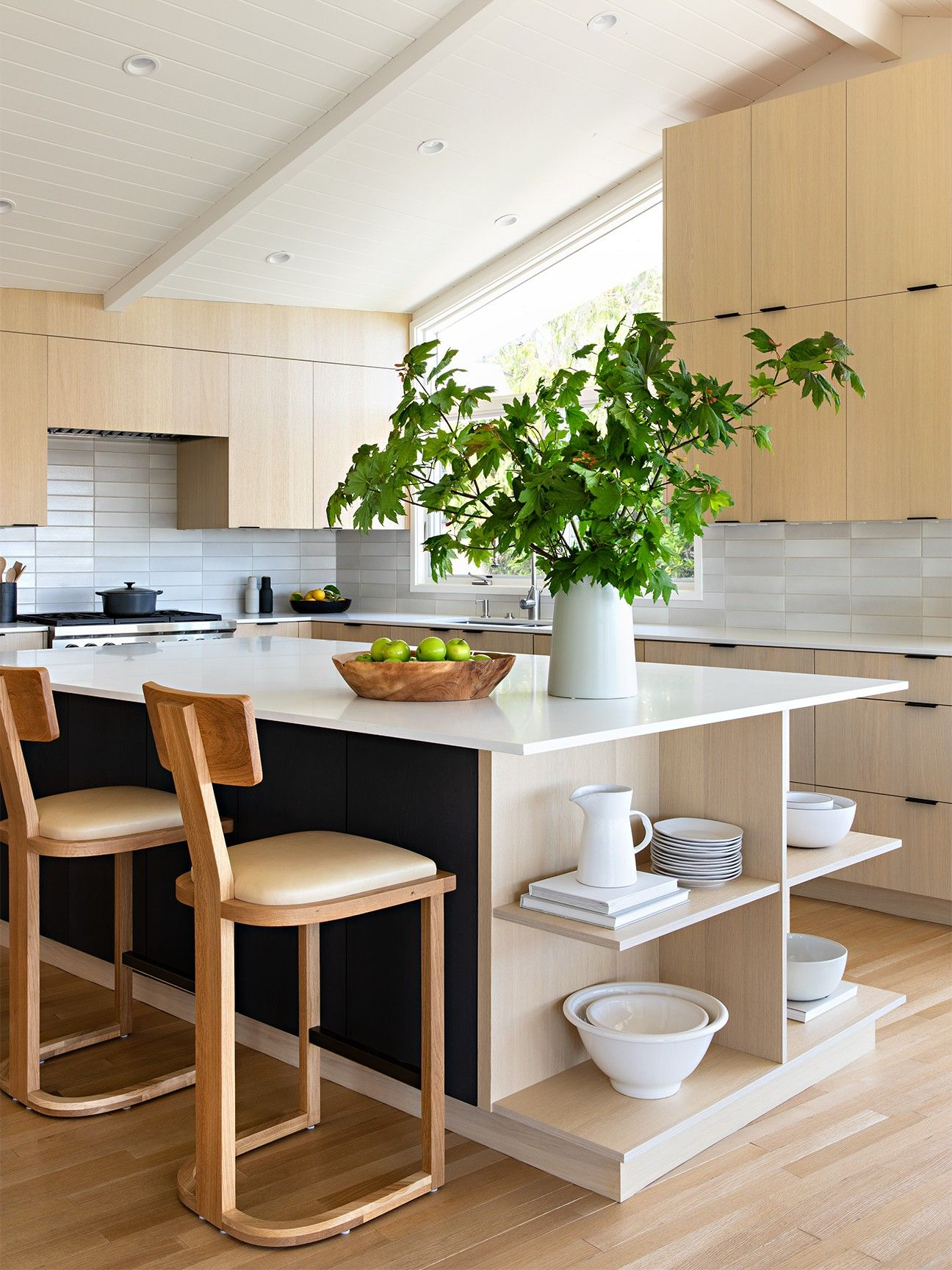 this mid century bungalow doesn t have a single 90 degree on awesome modern kitchen design ideas id=55054