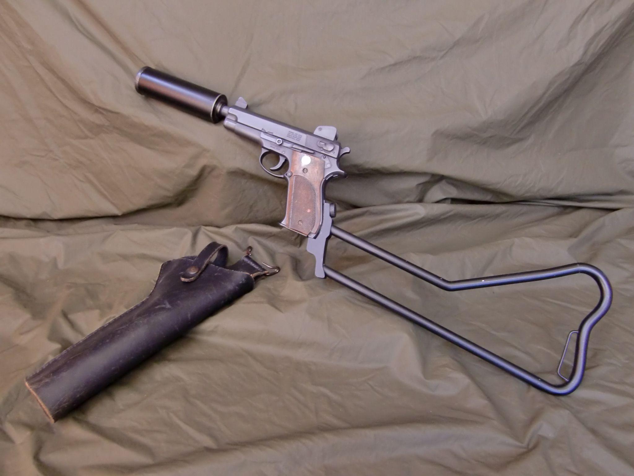 """navy seals vietnam MK 22 """"Hushpuppy"""" pistol with"""