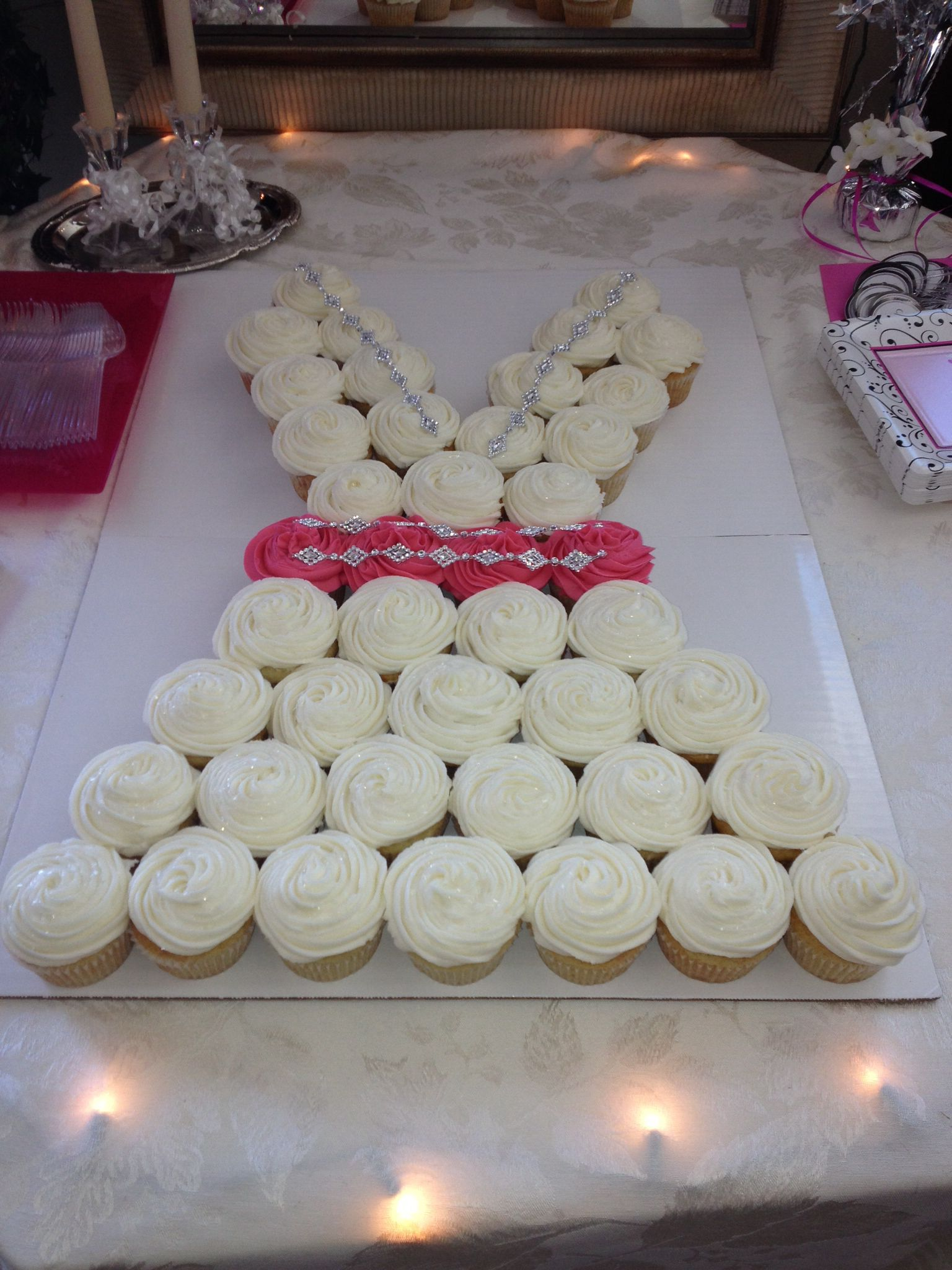 Wedding dress cupcakes. Champagne flavored.