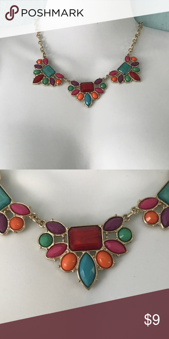 CHARMING CHARLIE TURQUOISE BIB NECKLACE NWT