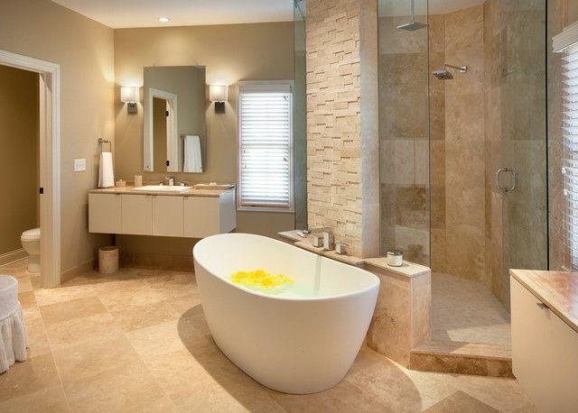 Mediterranes Badezimmer ~ Mediterranes badezimmer mit freistehender badewanne fürdő
