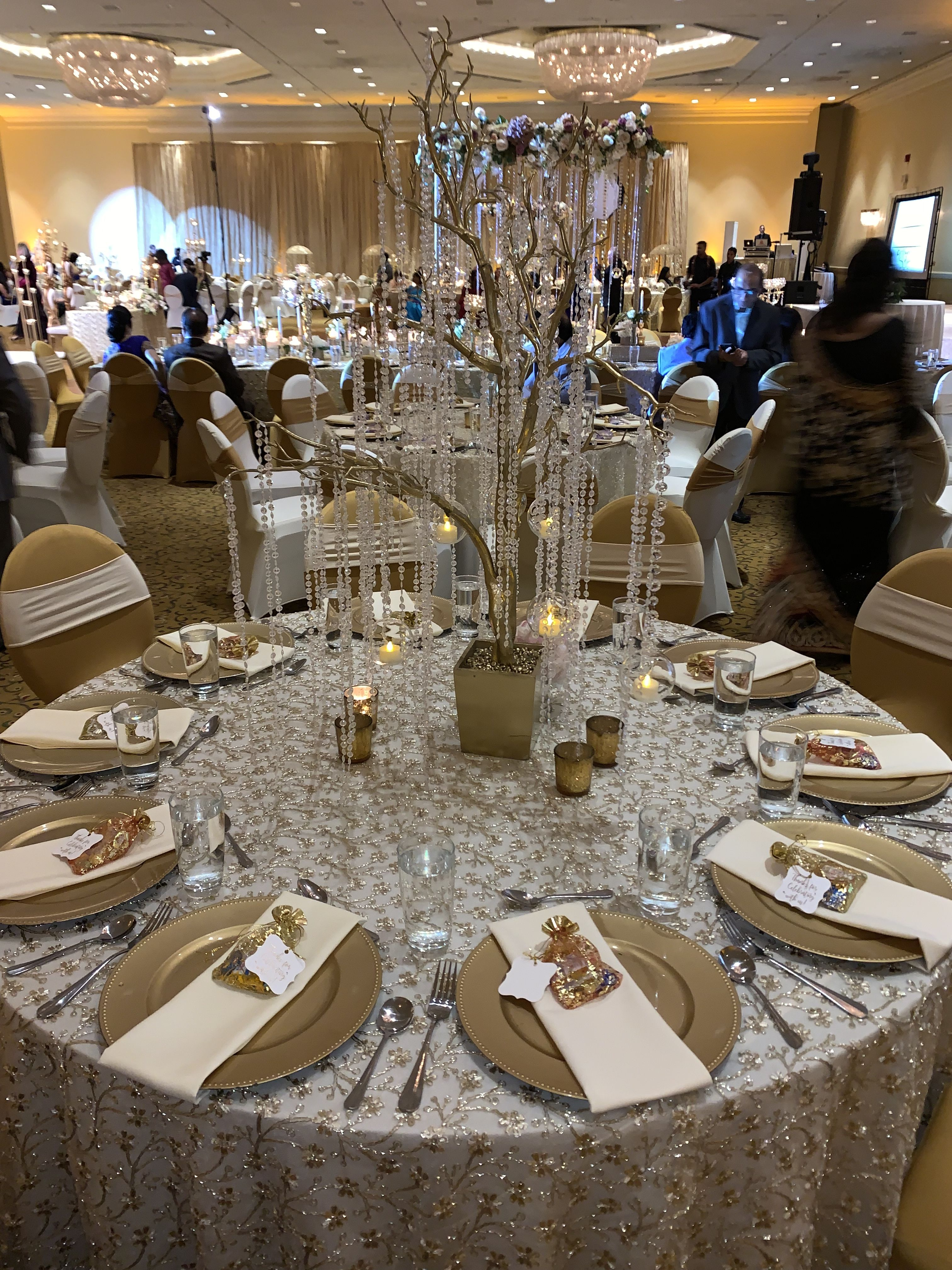 Pin By Refresh A Baby Universal Bottl On Wedding Reception