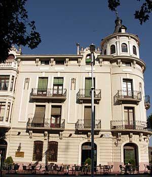 Jaca Modernista Ruta De Los Edificios Modernistas Más Significarivos De Jaca Hoteles Apartamentos Turismo Rural Y Restauran Turismo Rural Edificios Hoteles
