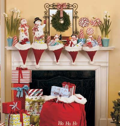 Frosty and Fun Turn that Santa hat upside down for a creative and playful stocking alternative. Add candy cane treats and simple plants to the mix for easy access