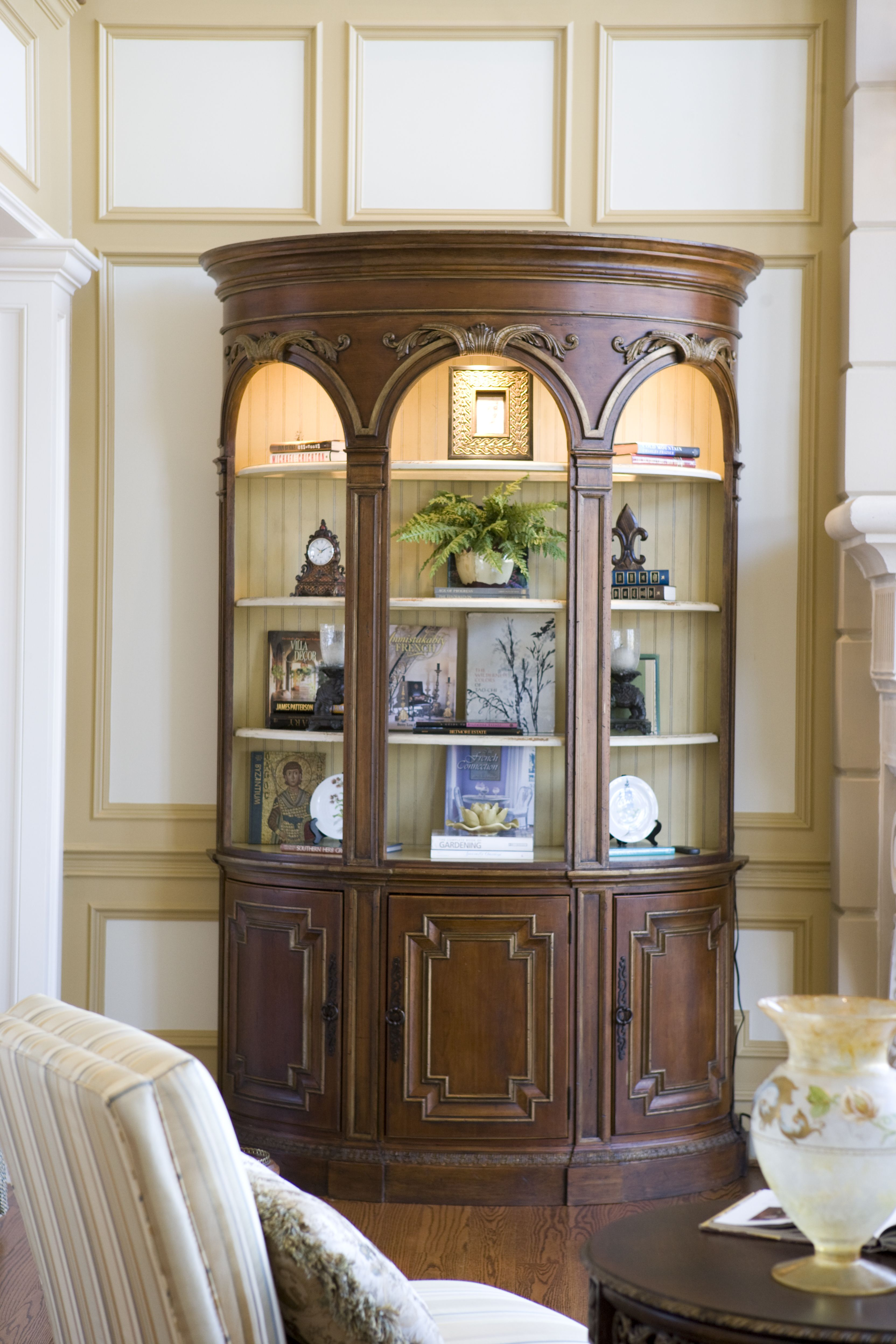 Biltmore collection approach road cabinet habersham home