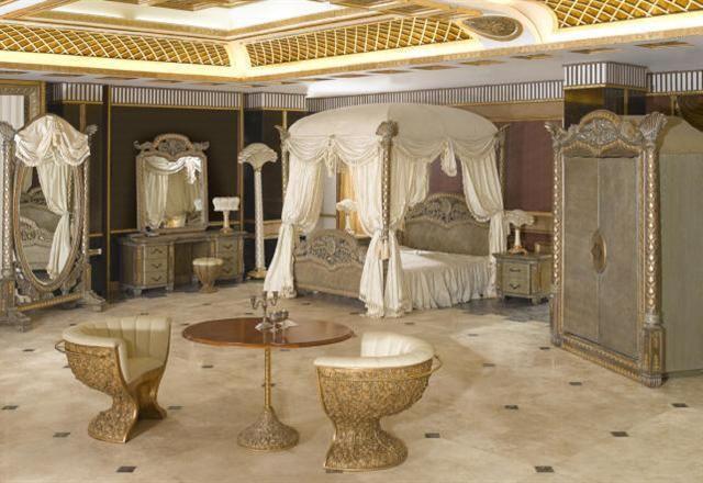 Italian Luxury Bedroom Furniture Italian Luxury Bedding Ensembles Furniture In Qatar And Classical Interior Design Bedroom