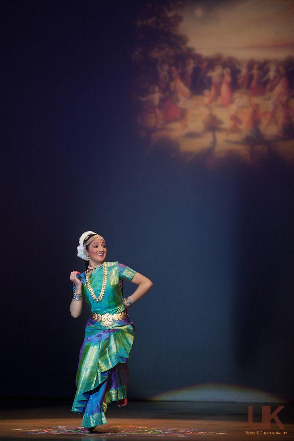 Bharatanatyam arangetram backdrop dance pinterest for Arangetram stage decoration