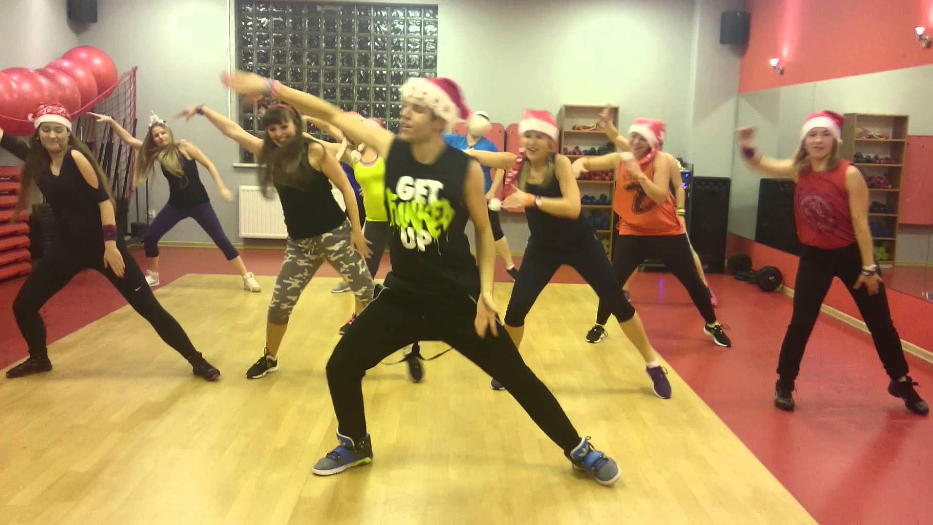 Zumba® - Feliz Navidad ( Christmas Cha-Cha)  Zumba routines