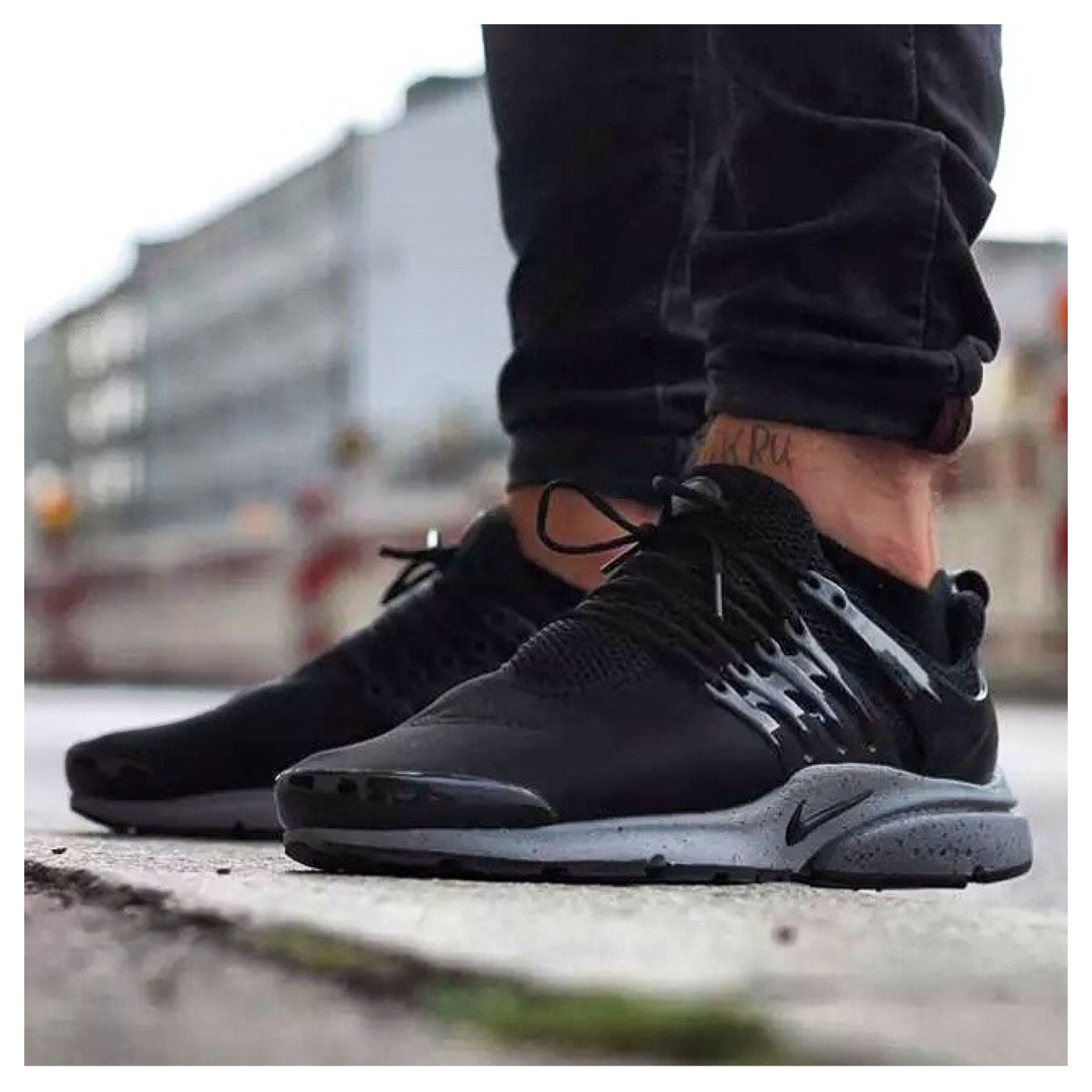 1a91c641d6da Another from the recent GENEALOGY OF FREE BLACK PACK... this time a sweet   otf shot of the excellent  NIKE AIR  PRESTO from  wbkruvali official ...