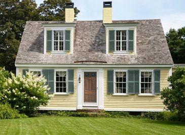 Cape cod style home exterior home design and style for Cape cod exterior color schemes