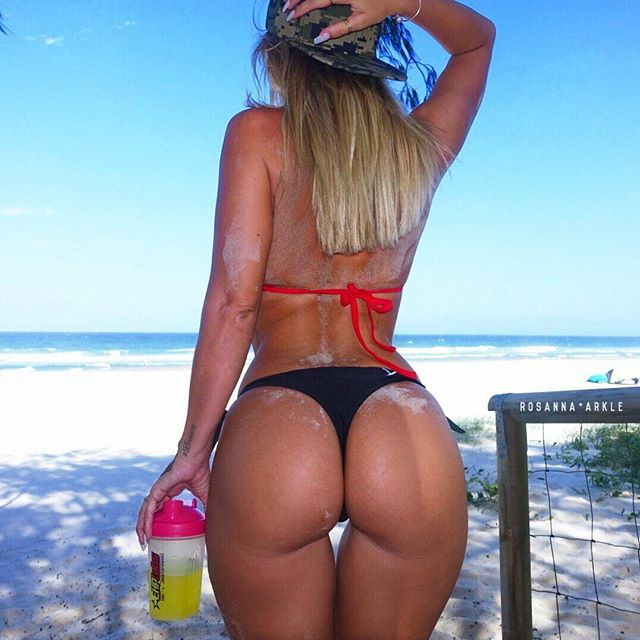 Hot beach ass