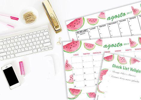 Scarica il calendario di agosto a tema watermelon; il kit grafico contiene anche un planner mensile, sfondi per iPhone, iPad e desktop, un contenuto extra www.stylenotes.it