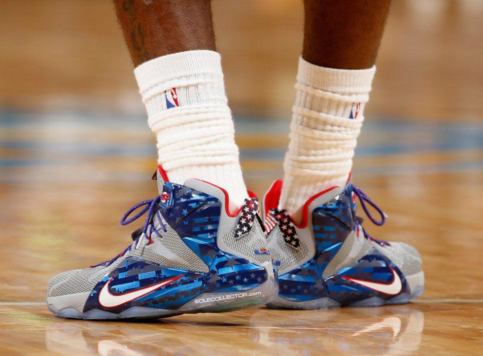 341c82877610 LeBron James Wears  Veterans Day  Nike LeBron 12 PE