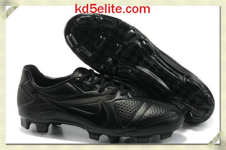 pretty nice 38d78 cbead Nike CTR360 Maestri II Elite Black Andres Iniesta Nike Elite Soccer Cleats