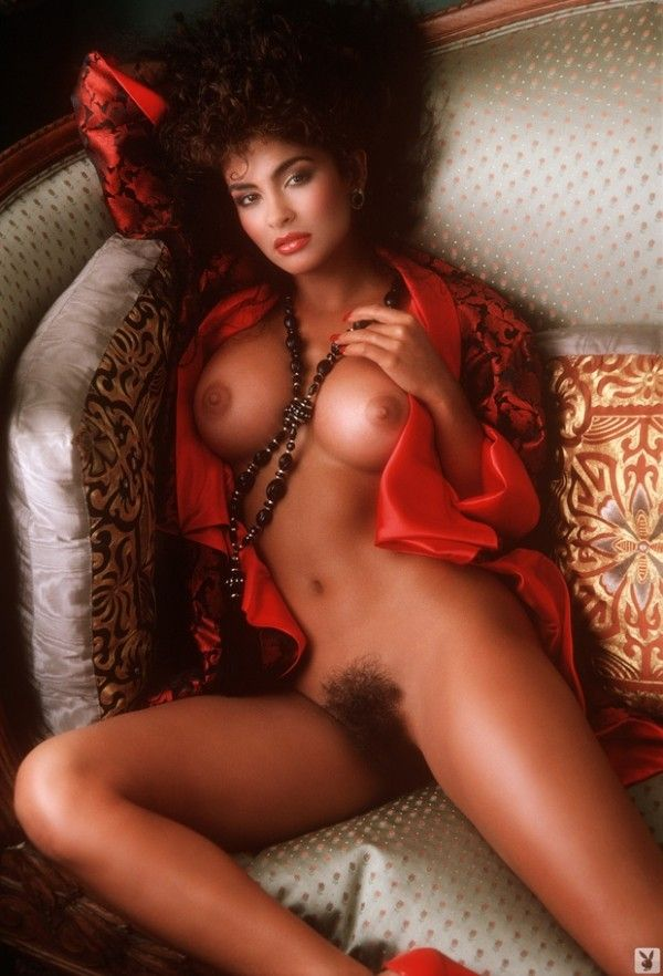 tv women who posed nude