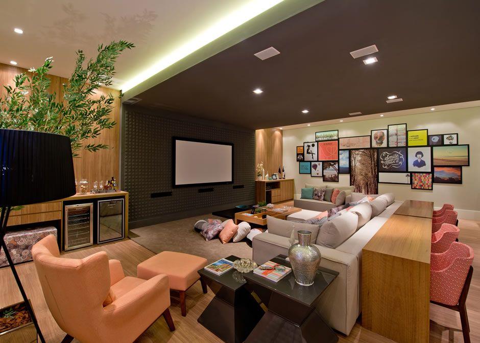 Home theater e salas de tv com bar mesa atr s do sof - Television en casa ...