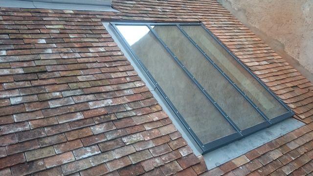 Verrière de toit de style atelier du0027artiste créée dans une toiture
