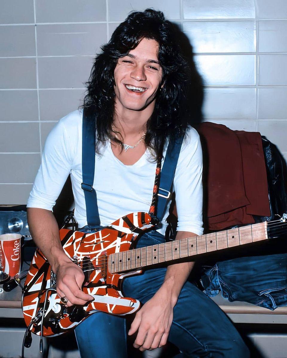 Pin By Jes Tart On Evh Vh Dlr In 2020 Van Halen Eddie Van Halen Eddie