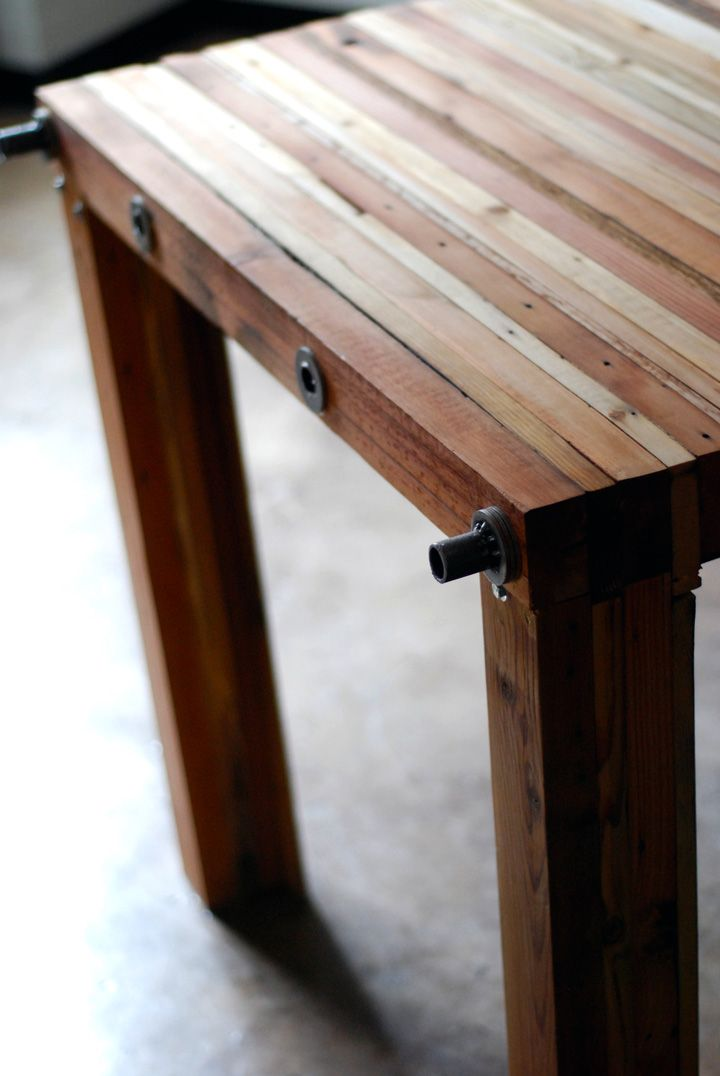 Reclaimed Wood Parsons Table By Brett Wagner Furniture 2 Eco Wood Furniture Design Reclaimed Wood Table Recycled