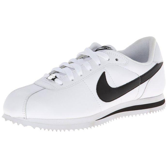 Nike shoes Leonardo DiCaprio in The