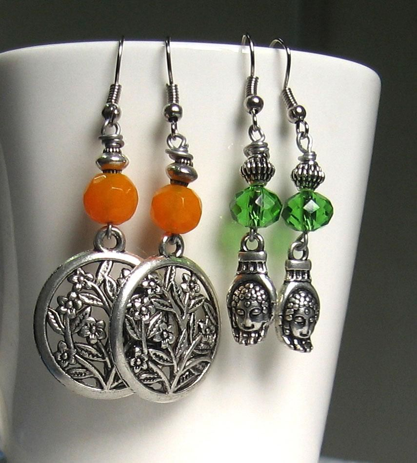Flat Rs 200.0 discount on all products from Dsignstudio on minimum purchase of Rs 1500 from this store. Complete Collection Available at: http://www.indiebazaar.com/shop/Dsignstudio/earrings?sort=mr