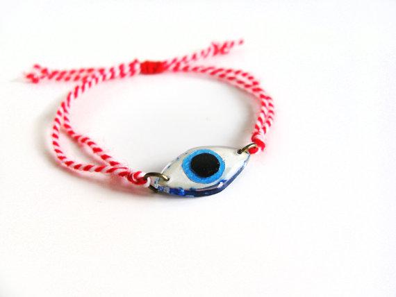 March Bracelet Evil Eye Bracelet Red White Martis by petiteutile