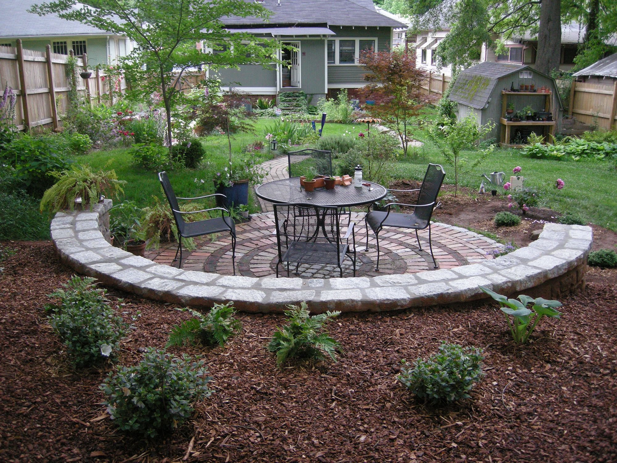 Awesome Flower Beds | Patio Flower Bed Mulch