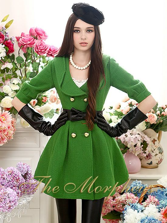 Green Celebrity 3/4 Sleeve double breasted Pleated Overcoat. Want. Nao.