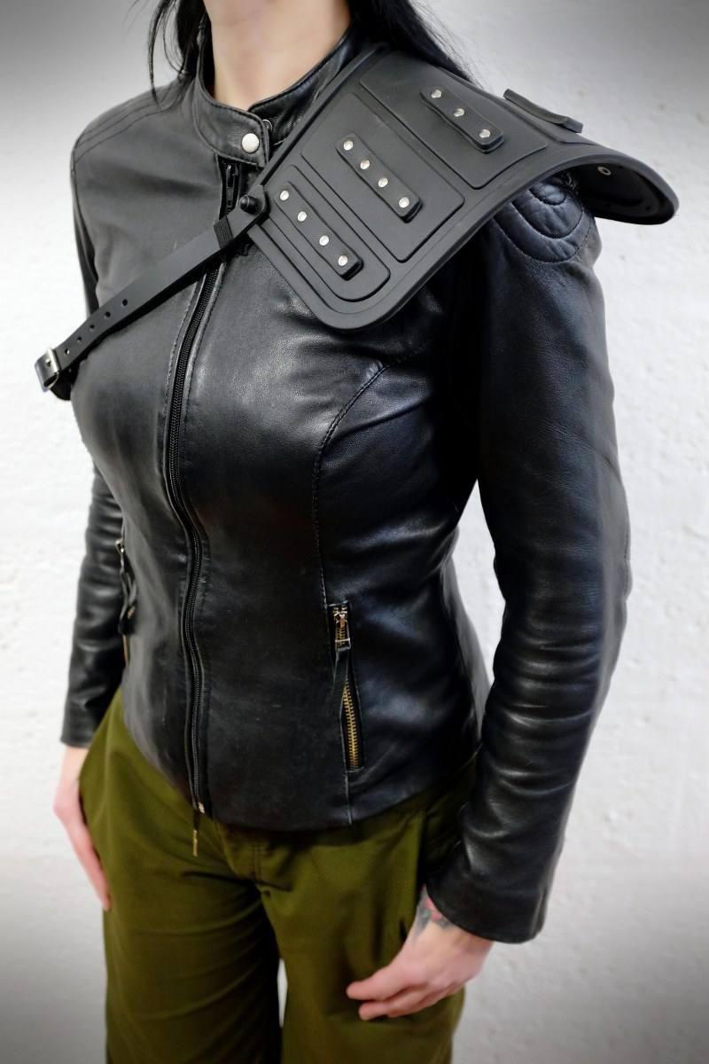 Unisex Shoulder Armour Black Rubber And Leather Etsy Black Rubber Shoulder Armor Leather [ 1200 x 800 Pixel ]