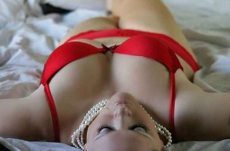 5 things women secretly want in bed