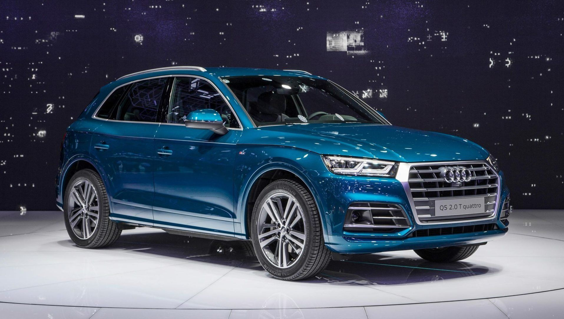2020 Audi Q5 Wallpaper In 2020 Suv Audi Q5 Safest Suv