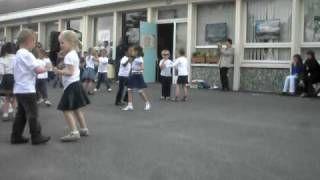 fête de l'école 2010,danse de mon loulou lucas (moyenne section maternelle) - YouTube - YouTube