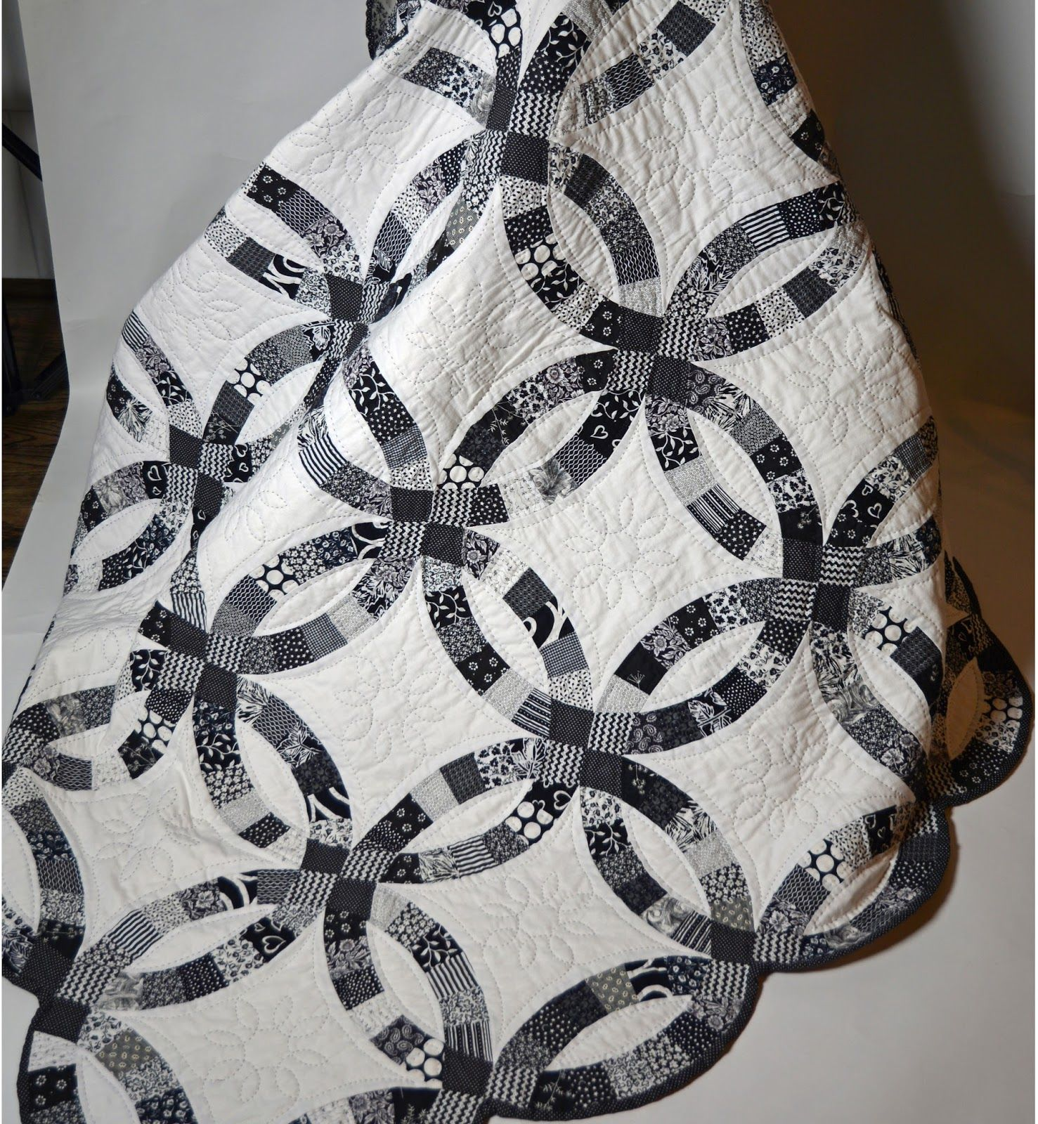 Black And White Double Wedding Ring Quilt By Teresa Duryea