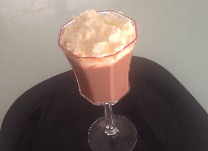 Copa de chocolate y nata (estilo danone o dalky) para #Mycook http://www.mycook.es/receta/copa-de-chocolate-y-nata-estilo-danone-o-dalky