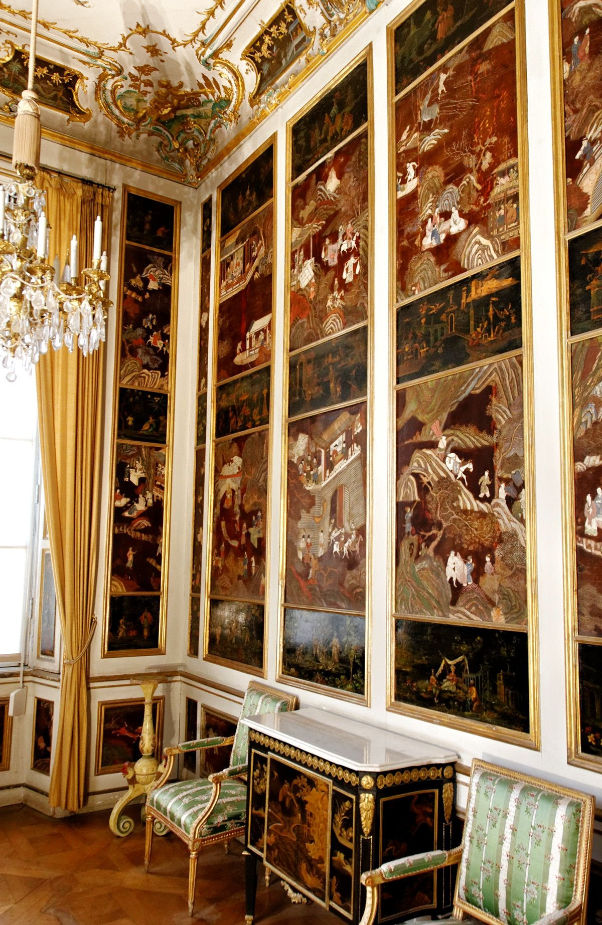 Nymphenburg palace munich germany credit yelkrokoyade