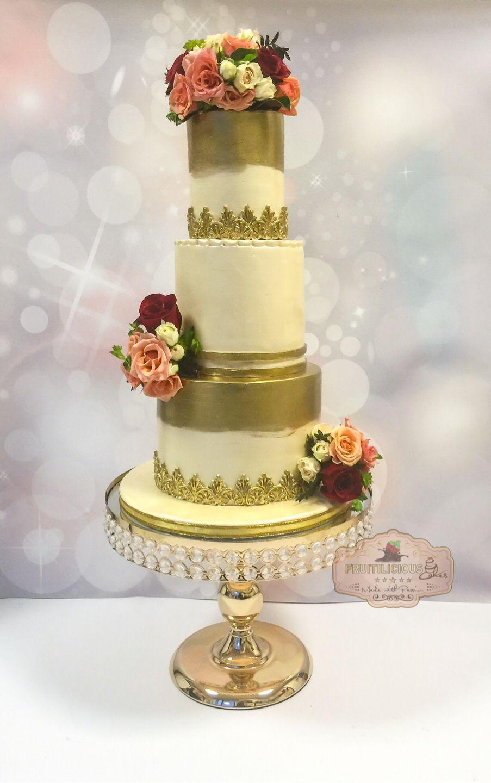 Gold Brush Effect Wedding Cake with Fresh Roses. | Wedding Cakes ...
