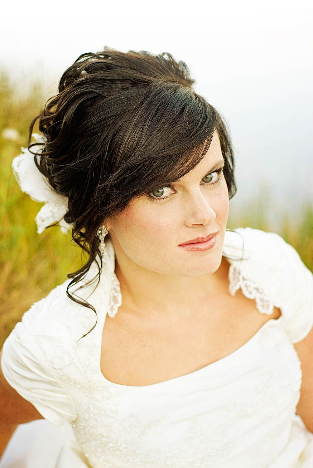 how to incorporate your bangs into your wedding hairstyle | bangs