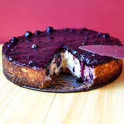 Cheesecake with Blueberry Glaze