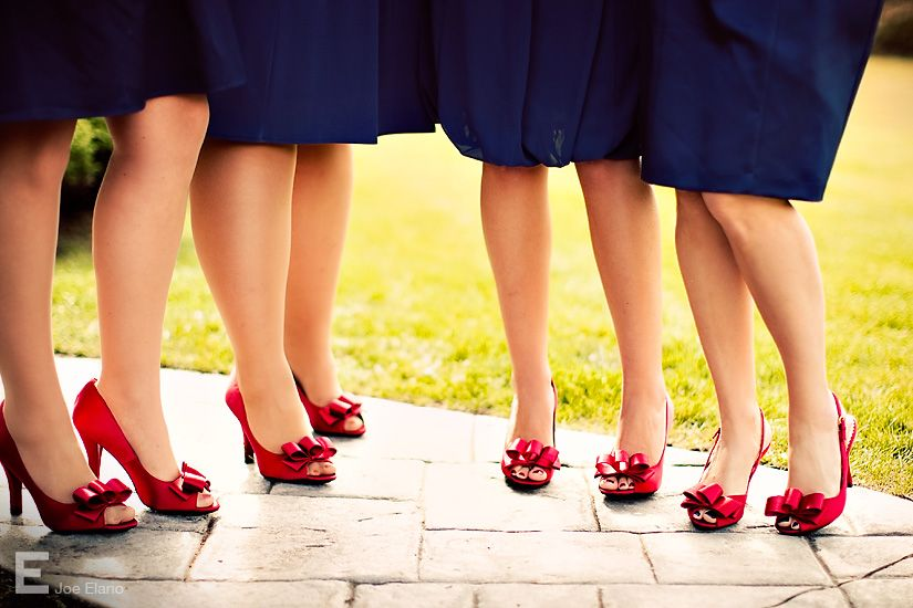 Navy dress with red shoes | Red wedding