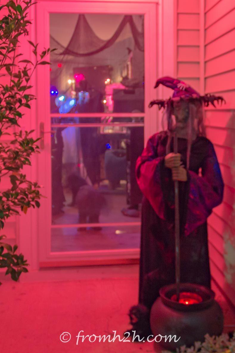 11 Ways To Create Spooky Halloween Lighting Pinterest Spooky - scary halloween yard decorating ideas